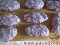 Фото приготовления рецепта: Котлеты в духовке, с секретом - шаг №7