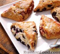 Фото к рецепту: Сконы с ягодами