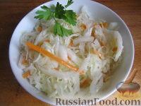 Фото к рецепту: Маринованная капуста быстрого приготовления