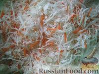 Фото приготовления рецепта: Маринованная капуста быстрого приготовления - шаг №4