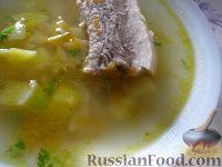 Фото к рецепту: Суп из свиных ребрышек с макаронами