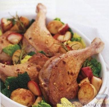 Рецепт Утиные ножки с яблоками, картофелем и розмарином