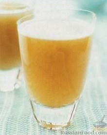 Фото к рецепту: Грушево-дынный коктейль