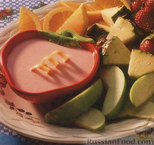 Фото к рецепту: Сливочно-клубничный соус