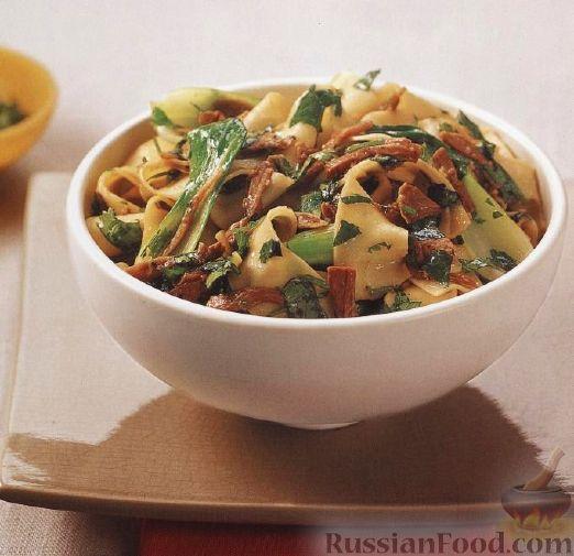 Рецепт Паста паппарделле (широкая лапша) с жареной уткой и китайской капустой