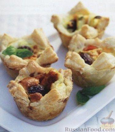 Рецепт Слоеные корзиночки с анчоусами и оливками