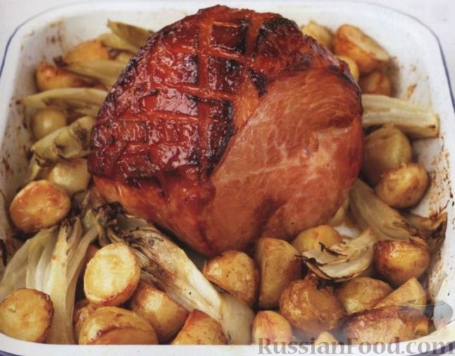 Рецепт Запеченный окорок с картофелем и эндивием (салатным цикорием)