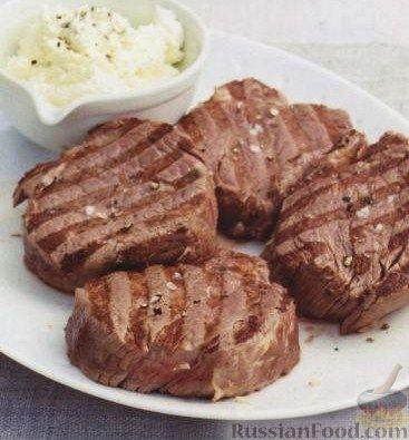 Рецепт Филе-миньон (стейки из говяжьей вырезки) и сыр маскарпоне с хреном