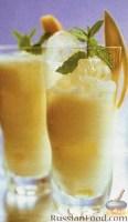 Фото к рецепту: Манговый ласси со льдом
