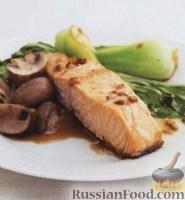 Фото к рецепту: Семга с грибами и капустой пак-чой
