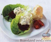 Фото к рецепту: Салат с голубым сыром и свеклой