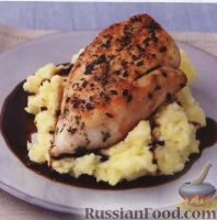 Фото к рецепту: Курица с грибами и тимьяном
