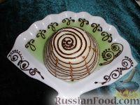 Фото приготовления рецепта: Каша манная с желе - шаг №3