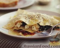 Фото к рецепту: Лазанья с грибами, сыром и шпинатом