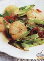 Фото к рецепту: Жареные креветки с солью и перцем