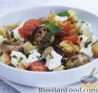 Фото к рецепту: Салат из жареных грибов с гренками, помидорами и сыром фета