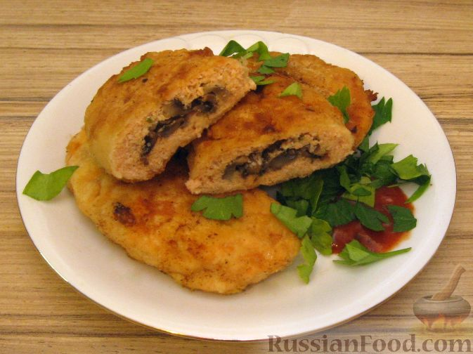 Рецепт Зразы из семги с грибной начинкой