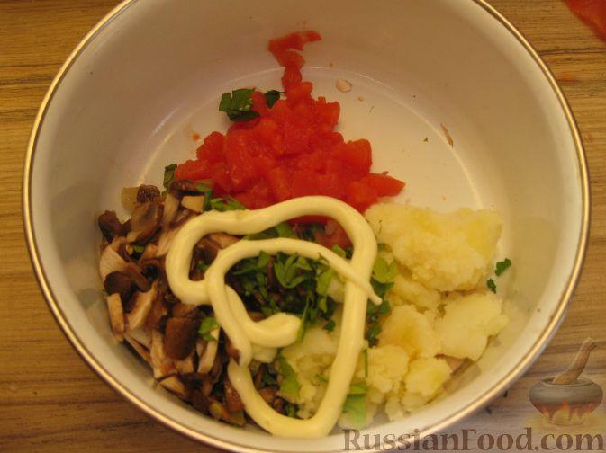 Фото приготовления рецепта: Сдобные пирожки с яблоками и тыквой - шаг №24