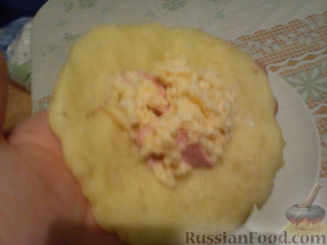 Фото приготовления рецепта: Рисовый суп с капустой и сыром - шаг №1