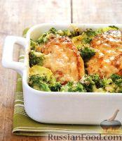 Фото к рецепту: Куриное филе, запеченное в духовке с брокколи