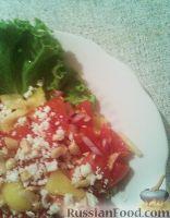 Фото к рецепту: Салат из помидоров с брынзой и орехами