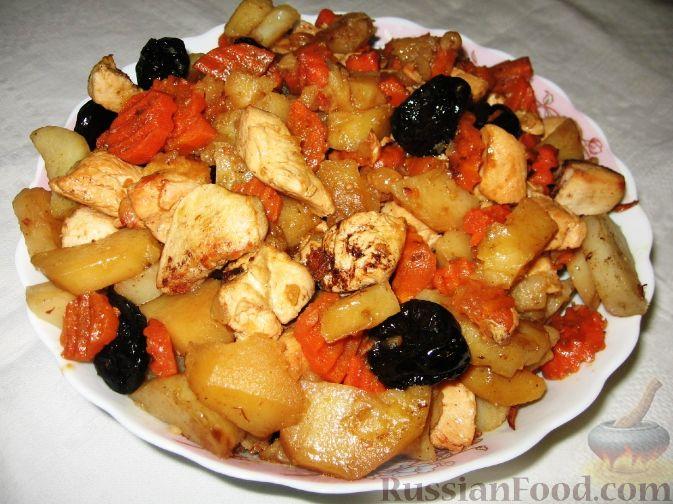 Рецепт Цимес из картофеля, курицы, изюма и чернослива