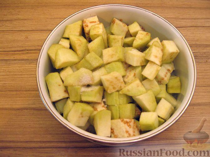 Фото приготовления рецепта: Крем-суп из баклажанов с помидорами - шаг №2