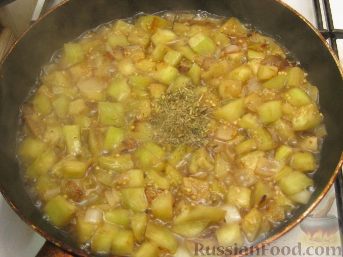 Фото приготовления рецепта: Крем-суп из баклажанов с помидорами - шаг №6