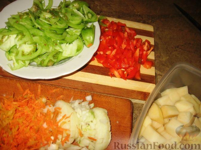 Фото приготовления рецепта: Суп с зелеными помидорами - шаг №1