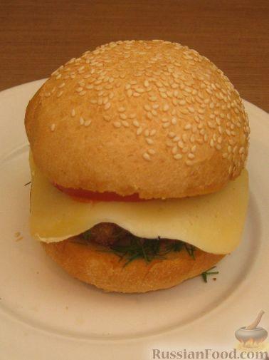 Рецепт Бургер с фрикадельками и помидором