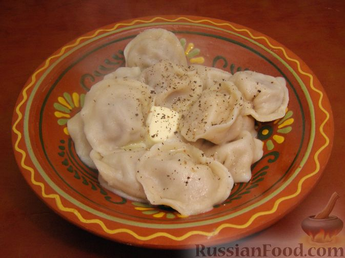 Фото приготовления рецепта: Картофель, тушенный с сосисками и фасолью - шаг №10
