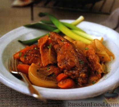 Рецепт Кролик, тушенный с овощами в духовке