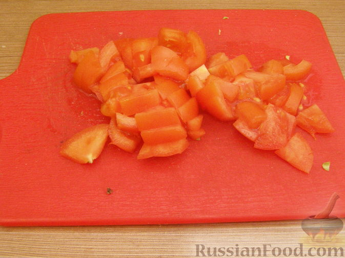 Фото приготовления рецепта: Свиные рёбрышки с розмарином, чесноком и мёдом, запечённые с картофелем (в духовке) - шаг №10
