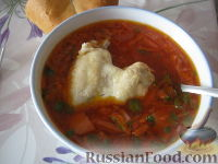 Фото к рецепту: Красный борщ с курицей