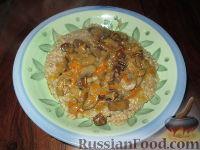 Фото к рецепту: Пшеничная каша с грибами
