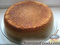 Фото к рецепту: Бисквит в мультиварке