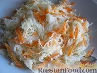 Фото к рецепту: Капустный маринованный салатик