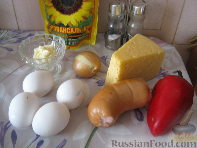 Фото приготовления рецепта: Говядина, тушенная с сельдереем и морковью в томатном соусе - шаг №7