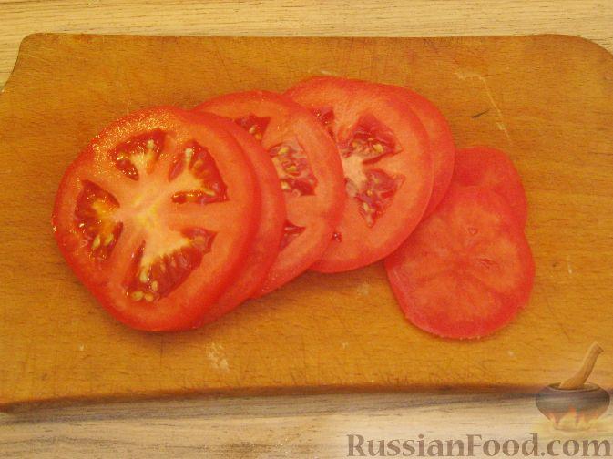 """Фото приготовления рецепта: Слоёный салат """"Оливье"""" с курицей - шаг №3"""