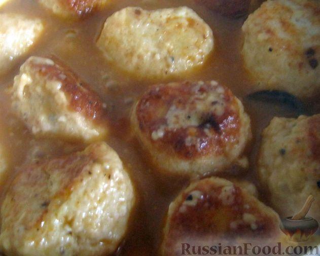 Рецепт Куриные тефтели в томатно-сливочном соусе