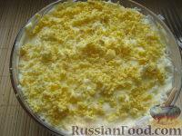 Фото приготовления рецепта: Салат «Мимоза» - шаг №17