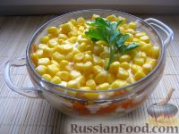 "Фото к рецепту: Салат ""Мимоза"" с кукурузой"