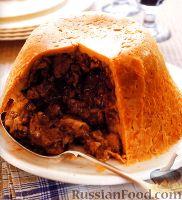 Фото к рецепту: Закрытый мясной пирог на пару
