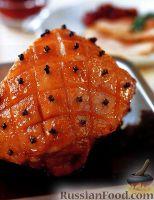Фото к рецепту: Ветчина с клюквенным соусом