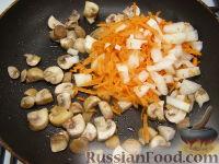Фото приготовления рецепта: Паштет из куриного филе с грибами - шаг №6
