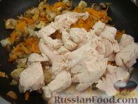 Фото приготовления рецепта: Паштет из куриного филе с грибами - шаг №8