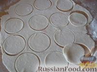 Фото приготовления рецепта: Домашние вареники с картошкой - шаг №7
