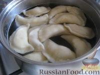 Фото приготовления рецепта: Домашние вареники с картошкой - шаг №10