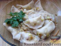 Фото приготовления рецепта: Домашние вареники с картошкой - шаг №11