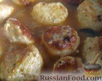 Фото к рецепту: Куриные тефтели в томатно-сливочном соусе